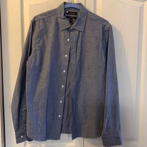 Banana Republic standard fit button down top size small